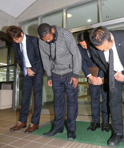 【速報】ロッテ・ナバーロ、釈放