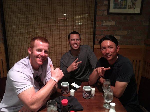 ムネリン マートン&クラークとお寿司食べる
