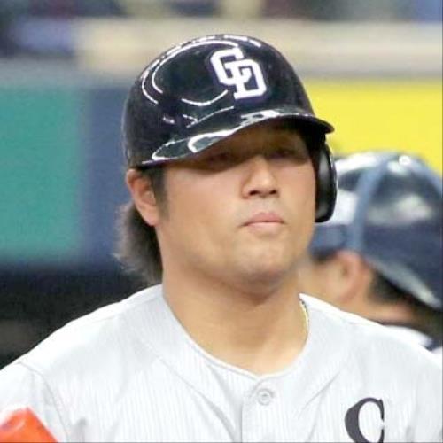 中日ドラゴンズ・平田良介外野手(28)が欠場。 松葉杖つき病院に向かう