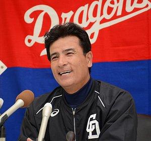 中日、森脇浩司氏がコーチに就任