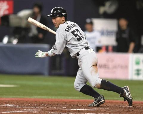 亀澤87試合.282 0本11打点8盗塁 今季年俸440万