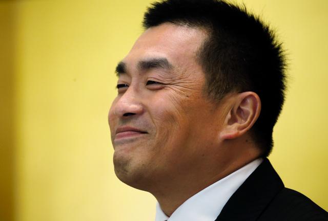 【悲報】山本昌の引退、白井オーナーのせいだった